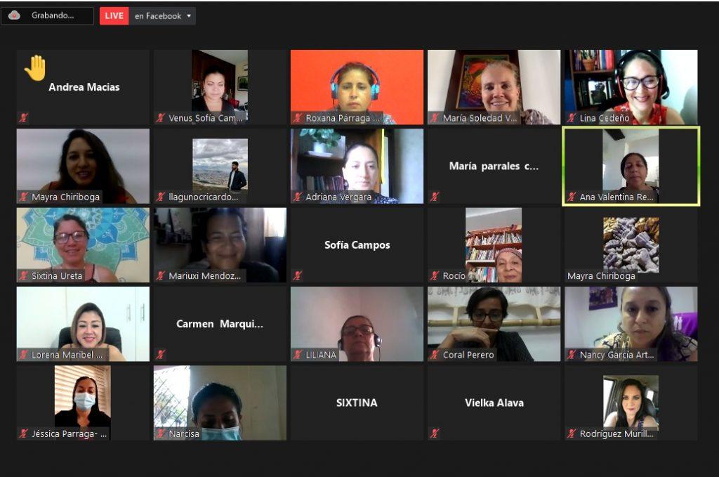 Más de 40 mujeres dialogan sobre su actuación en el sector público